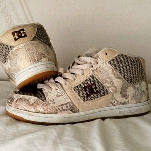 DC Shoes, beige metallic snakeskin